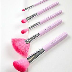 Colourpop brush set